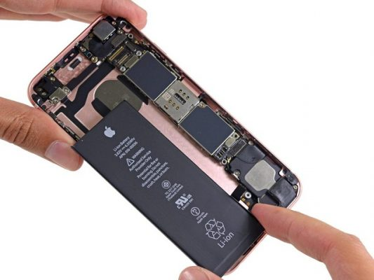 thay pin iPhone cần thơ